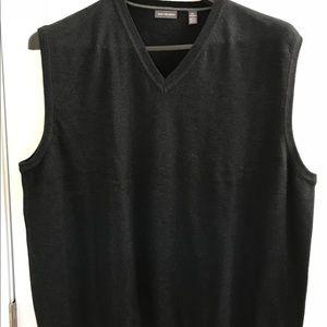 NWOT Van Heusen V neck Vest